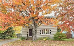 805 Yale Avenue, Riverview - Charming 2 Storey Home