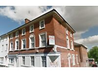 Low cost room to rent in a central Dudley professionals only shared property Book your viewing today