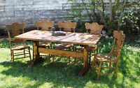 BEAUTIFUL Country Harvest / Trestle Table!