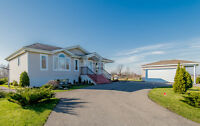 Bungalow for sale in Moose Creek, Move-in ready!
