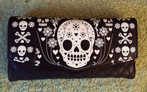 Loungefly faux leather wallet with skulls...new!