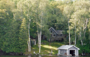 Lakefront Cottage for Rent - Upscale, yet rustic