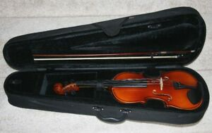 Violin Full Size 4:4 Complete With Bow And Case. Like New.