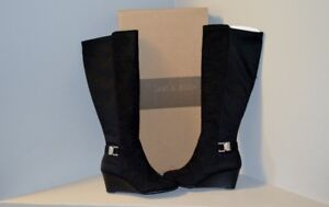 Brand New- Women's Black Kneed High Boots/ Size 7