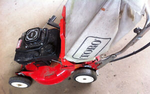 TORO self propelled gas lawn mower