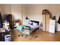 massive double room / grande chambre double