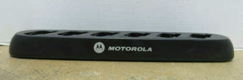 Motorola HCTN4002A 6 Slot Charger Docking Station For CLS Series Two Way Radios
