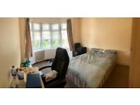 LARGE DOUBLE ROOM TO RENT IN ILFORD IG1 2PJ-ALL BILLS INCLUDED-