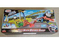 Thomas & Friends DFM54 Sky High Bridge Jump Set, Thomas the Tank Engine Toy Train Set, Trackmaster