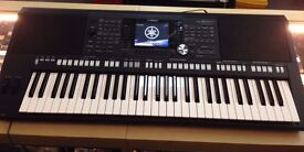 YAMAHA PSR S950 ARRANGER WORKSTATION INBUILT MIC, USB, ETC