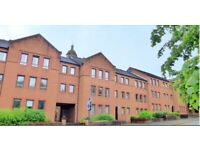 Unfurnished 2 bed flat 5 min walk from Strathclyde campus and Royal Hospital. - on John Knox Street