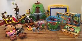 Jake & the Neverland pirates bundle in excellent condition