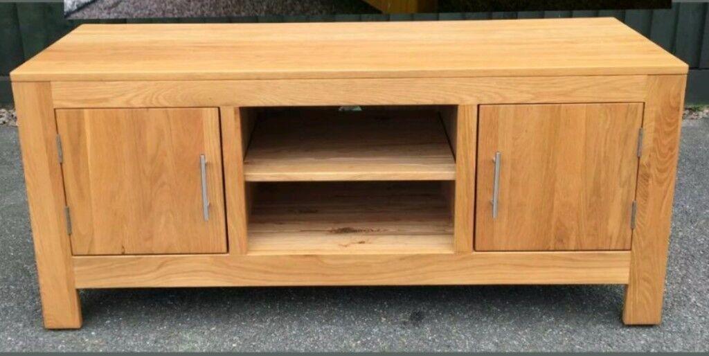 Cotswold solid oak TV cabinet