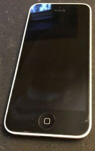 Bell 16GB iPhone 5C white