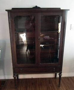 Very nice  Antique China Cabinet