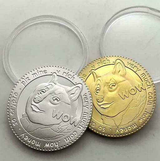 2x Dogecoin To The Moon Commemorative Token Coin Collectible Doge Coin