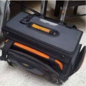 SUITCASE FOR SALE $90
