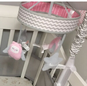 Musical mobile crib toy