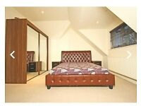 Large King Size En-Suite Available