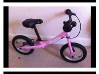Banancing bike from scoot (pink ) in EXCELLENT condition
