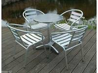 Bistro aluminium table and chairs