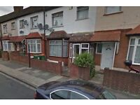 4 BED HOUSE¦ MINUTES WALKING TO EASTHAM STATION¦ CLOSE TO ALL THE SHOPS AND AMENITIES¦ AVAILABLE NOW