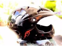 Full face cycle helmet downhill safety 54cm - 58cm teen/woman excellent condition + extra foam pads