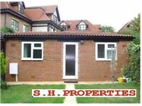 LOVELY SELF CONTAINED STUDIO FLAT LOCATED IN ALDERS ROAD, EDGWARE, HA8 9QG