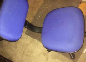 Blue computer chair excellent condition £10