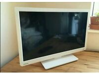 32 inch toshiba Led slim tv with DVD PLAYER &freeview,usb+ Can deliver