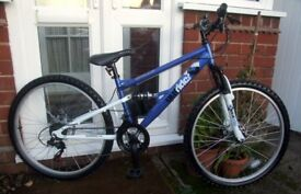 "*NEW UNUSED - APOLLO JNR / ADULT 26"" WHEEL FULL SUSPENSION BIKE - 18 SPD - DISC BRAKES - IDEAL GIFT*"
