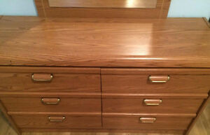 Excellent Condition Dresser and Night stand