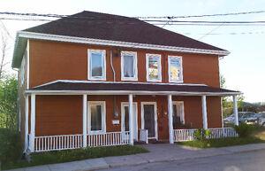 131,000$ - Maison jumelée -  Chicoutimi - coin tranquille