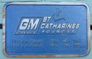GM CANADA ST. CATHARINES FOUNDRY  5LB METAL PLAQUE