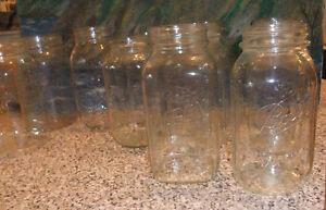 12 Assorted 1 Pint Glass Mason Jars West Island Greater Montréal image 2