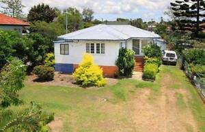 Room for rent - walking distance to everything Cannon Hill Brisbane South East Preview