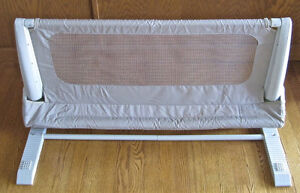 Safety 1st Secure Child's Top Bed Rail, Beige- Like New