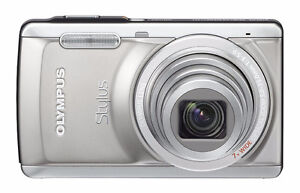 Olympus Stylus 7040 HD Camera with Zeikos Case