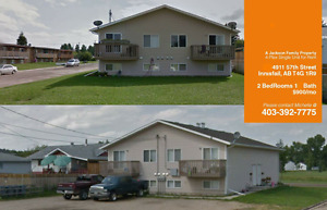 **IMMEDIATELY AVAILABLE**INNISFAIL 2BED 4-PLEX**1st MONTH FREE
