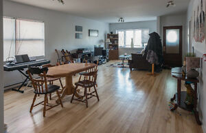 Big room for rent in Hull - Close to federal buildings - January Gatineau Ottawa / Gatineau Area image 3
