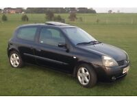Renault Clio 1.2 Black Dynamique 12 months MOT new brakes ,discs and tyres 03 plate