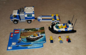 Complete Lego Set - Off-Road Command Centre (4205)