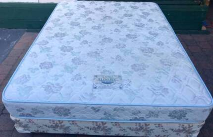 Excellent Sealy Brand bed base with mattress for sale. Delivery