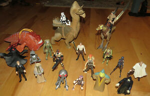 LOT OF STAR WARS FIGURES/BEASTS