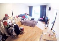 Massive Shared Double Roon In New Cross Gate