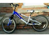 "Trek Bike ""MT 60"" Aluminum frame 6 Speed 20"" Boys Bicycle in very good condition."