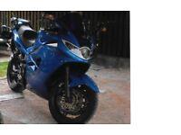 Triumph Sprint ST Caspian Blue