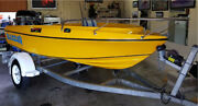 Fishing boat.  Haines Hunter Seawasp   Immaculate Cond    Arundel Gold Coast City Preview