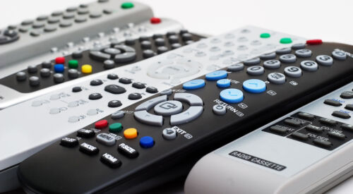 A Buying Guide for DVD Remote Controls on eBay