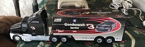 Goodwrench Semi Telephone